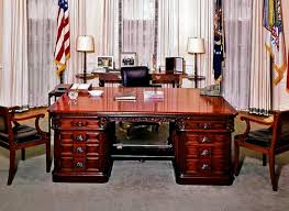 Oval Office Desk Lovely Oval Office Desk Gallery Home Decor Gallery Image And
