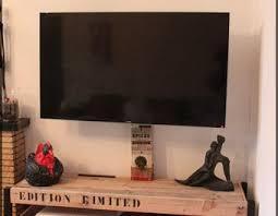 meuble tv caché meuble tv de montage do it yourself