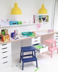 le de bureau pour enfant 10 idées déco pour un bureau d enfant shake my