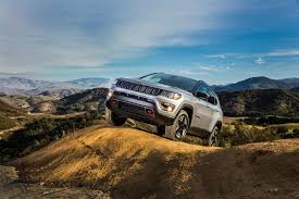 turbo jeep cherokee 2017 jeep cherokee vs all new compass autoblog