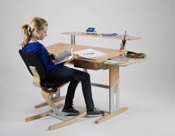 bureau evolutif bureau enfant évolutif avec accessoirs moizi17 ergonomie à notre