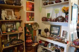 acadian style louisiana pottery