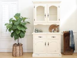 Broyhill China Cabinet Vintage Furniture Decorative China Hutch For Your Dining Room Furniture