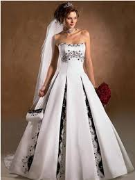 non traditional wedding dresses non traditional wedding dress options planning a wedding