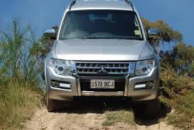 land rover pajero review mitsubishi pajero glx review