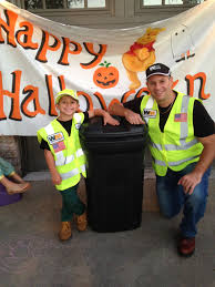 halloween home made garbage man costume felt t shirt hat