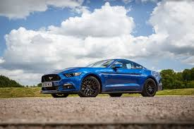 how is a ford mustang 2017 ford mustang gt review