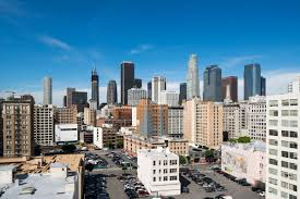 high end downtown apartments competing to attract tenants curbed la