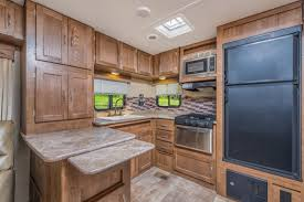 207 Best Kitchen Images On Kingsport Travel Trailers Gulf Stream Coach Inc