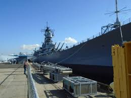 Bathtub Battleship Uss Iowa Parked Cruise Ship In Background Picture Of Battleship