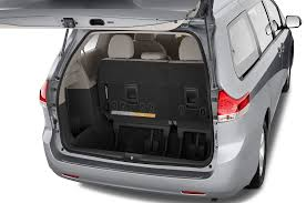 2010 minivan 2011 toyota sienna reviews and rating motor trend