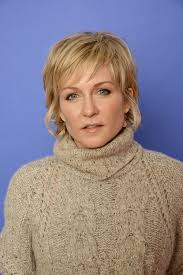 amy carlson hairstyles on blue bloods amy carlson photos photos hits portraits at sundance zimbio