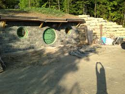 hobbitholedweller building an energy efficient hobbit hole
