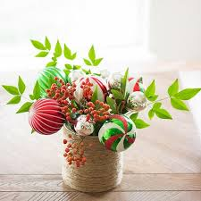 Cheap Christmas Centerpiece - 10 classy christmas centerpieces for a very jolly holiday table