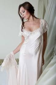 jane woolrich nightdress 8372 this is a gorgeous pure silk bias