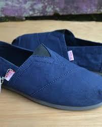 Sepatu Wakai sepatu wakai casual fashion slip on sepatu gunung dan kasual