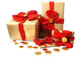 best gift wrap best gift wrapping designs and ideas brown paper gold ribbon