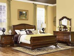 Bedroom With Yellow Walls Fabulous Decorating Ideas For Bedrooms With Bl 4282