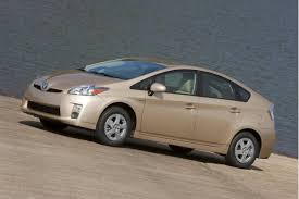 2011 toyota prius hybrid will japanese power problems fewer 2011 toyota prius cars