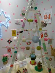Ideas For Christmas Tree Alternatives by 21 Diy Alternative Christmas Tree Ideas For Festive Mood