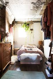 Earthy Room Decor by Best 25 Aurora James Ideas On Pinterest Bohemian Apartment