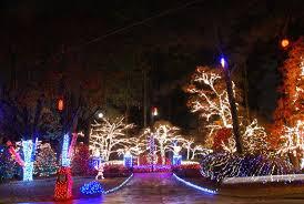 this kennesaw musical christmas light display has 275 000 bulbs
