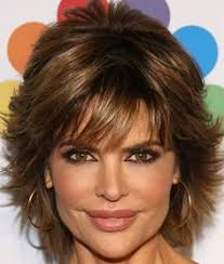 lisa rinna weight off middle section hair lisa rinna shows off her incredible bikini body at 50 lisa rinna