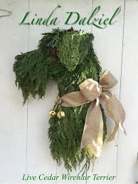 Images Of Decorated Christmas Wreaths by Best 25 Dog Wreath Ideas On Pinterest Deco Mesh Wreaths
