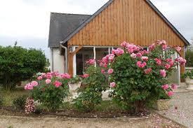 chambre hote touraine chambres d hôtes le clos des roses à civray de touraine à moins de