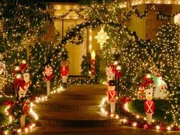 Christmas Outdoor Decorations Martha Stewart by Best 25 Christmas Pathway Lights Ideas On Pinterest Christmas