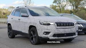 turbo jeep cherokee 2019 jeep cherokee facelift may get 2 0l hybrid turbo