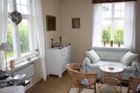 wohnzimmer in braunweigrau einrichten uncategorized schönes wohnzimmer in braunweissgrau einrichten