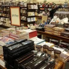 Barnes And Noble North Haven Barnes U0026 Noble 21 Photos U0026 36 Reviews Bookstores 300 Andover