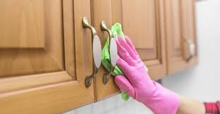 what is the best wood cleaner for cabinets best ways for cleaning wood cabinets