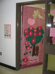 easter door decorations easter bunny door decorations for school some looking easter