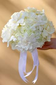 To Have U0026 To Hold White Bridal Bouquets Hello Darling Event
