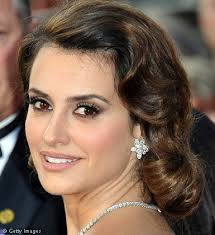 tutorials penelope cruz perfect smoky eyes penelope cruz for lane penelope cruz makeup tips