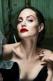 Vanity Fair Latest Issue Angelina Jolie Talks About Brad Pitt U0026 Bell U0027s Palsy Diagnosis As