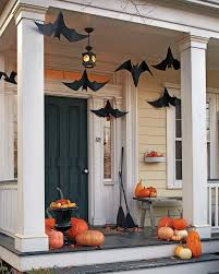 30 awesome last minute halloween decoration ideas festival welcome the little ones in your house or rather give them a hair raising entrance by decking up your porch with hanging bats just download a bat template
