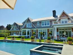 covered outdoor living spaces the 2014 hampton designer showhouse the outdoor living spaces