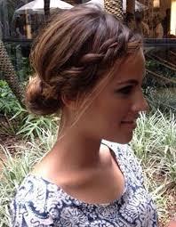 coiffure pour mariage cheveux mi les 25 meilleures idées de la catégorie coiffure cheveux mi
