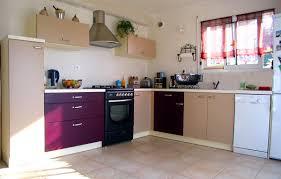 cuisine beige et cuisine beige quelle couleur pour les murs