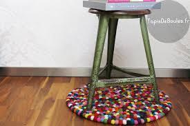 tapis boule feutre carrelage design tapis rond but moderne design pour carrelage