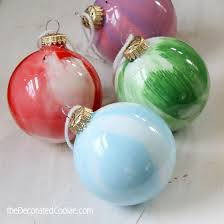 9 easy diy ornaments for ornaments swirls and paint