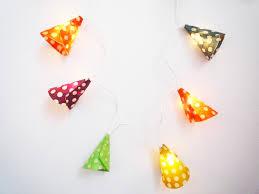 guirlande lumineuse papier japonais guirlande lumineuse dix cônes recouvert de papier népalais