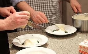 cours de cuisine pays basque atelier cuisine by avant scène à biarritz 64 séjours