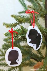 diy silhouette ornament for buggy and buddy