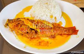 cuisiner du riz blanc cuisine créole poisson au gingembre et riz blanc stock photo