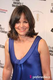 photos of sally fields hair sally field hairstyle easyhairstyler