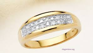 cheap gold wedding rings cheap mens wedding ring how to find an affordable mens yellow